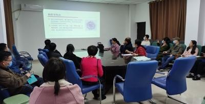 uedbet体育平台:专家组到邕武医院检查指导新型冠状病毒感染的肺炎疫情防控工作