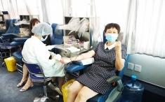 抗击疫情 为爱逆行——我院组织开展2020年第二次无偿献血活动